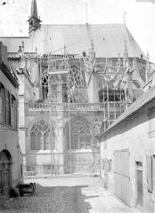 Cathédrale Notre-Dame - Partie du 15e siècle, pendant restauration