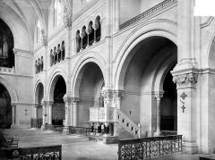 Cathédrale Notre-Dame et Saint-Castor - Vue intérieure de la nef, côté nord