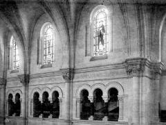 Cathédrale Notre-Dame et Saint-Castor - Vue intérieure de la nef : Triforium et fenêtres hautes