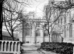 Cathédrale Notre-Dame - Sacristie : façade prise du jardin