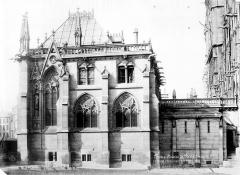 Cathédrale Notre-Dame - Sacristie : façade sur jardin et passage vers la cathédrale