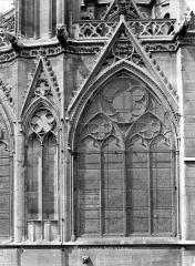 Cathédrale Notre-Dame - Abside : fenêtre