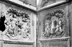 Cathédrale Notre-Dame - Abside, côté sud : deux bas-reliefs