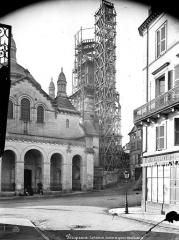 Cathédrale Saint-Front - Transept nord et clocher échafaudé