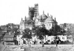 Cathédrale Saint-Front - Vue générale prise du sud-est