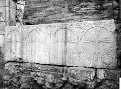Cathédrale Saint-Front - Cloître : Sarcophage en marbre