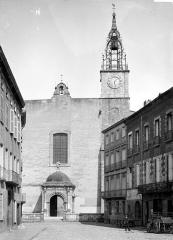 Cathédrale Saint-Jean-Baptiste - Façade ouest