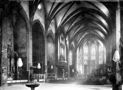 Cathédrale Saint-Jean-Baptiste - Vue intérieure de la nef, vers le nord-est