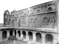 Cathédrale Notre-Dame et ses dépendances - Façade sud et galerie du cloître