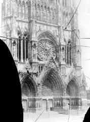 Cathédrale Notre-Dame - Portail ouest
