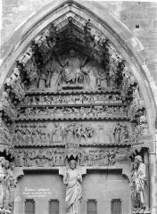 Cathédrale Notre-Dame - Portail gauche du transept nord. Tympan : Le Jugement dernier