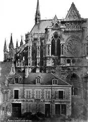 Cathédrale Notre-Dame - Façade nord : abside et transept