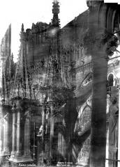 Cathédrale Notre-Dame - Façade sud : pinacles et statues des culées