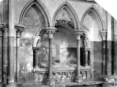 Ensemble archiépiscopal - Tombeau sous enfeu