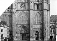Cathédrale Saint-Etienne - Façade ouest : partie inférieure et partie médiane