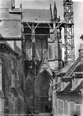 Cathédrale Saint-Gervais et Saint-Protais - Façade sud : transept