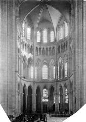 Cathédrale Saint-Gervais et Saint-Protais - Vue intérieure du transept sud circulaire