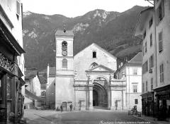 Cathédrale Saint-Pierre de Moûtiers - Façade ouest