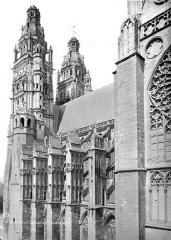 Cathédrale Saint-Gatien - Façade sud : partie ouest