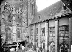 Cathédrale Saint-Gatien - Façade nord et cloître