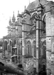 Cathédrale Saint-Pierre Saint-Paul - Abside, côté nord