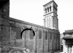 Cathédrale Saint-Apollinaire - Façade nord : partie ouest et clocher
