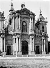 Cathédrale Saint-Louis - Façade nord