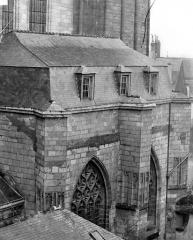 Cathédrale Saint-Maurice - Façade nord : Fenêtres