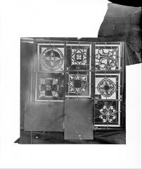 Cathédrale Saint-Jean - Vitrail de Lazare : Fragments d'ornementation