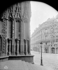 Cathédrale Saint-Pierre Saint-Paul - Façade ouest : angle nord