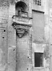 Cathédrale Saint-Gatien - Archevêché : chaire sur le grand pignon