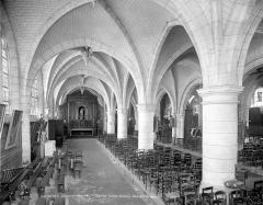 Ancienne abbaye ou prieuré Saint-Ayoul - Vue intérieure du bas-côté nord, vers l'est