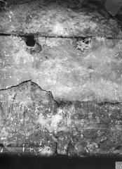 Cathédrale Saint-Etienne - Portail de la façade nord : restes de peintures murales