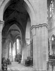 Eglise Notre-Dame et son presbytère - Vue intérieure du déambulatoire, côté nord