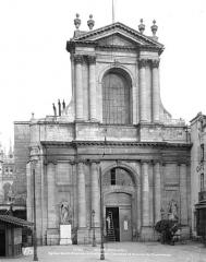 Eglise Saint-Etienne - Façade ouest