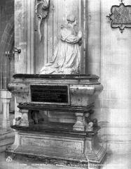 Cathédrale Saint-Bénigne - Mausolée de Marguerite Brulart