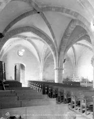 Eglise ou chapelle Notre-Dame-Trouvée - Vue intérieure de la nef, vers le nord-ouest