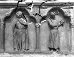 Eglise Saint-Jean - Tombeau d'une comtesse, détail