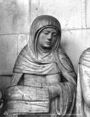 Eglise Saint-Jean - Saint-Sépulcre, une sainte femme