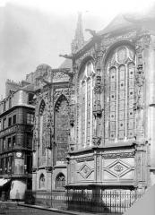 Ancienne église Notre-Dame-de-Froide-Rue ou église Saint-Sauveur - Abside : fenêtres restaurées