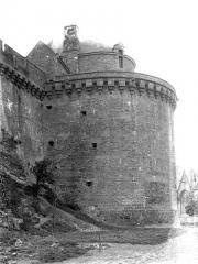 Château - Tour Surienne