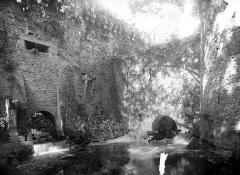 Château - Remparts, entre le moulin et la porte Saint-Sulpice