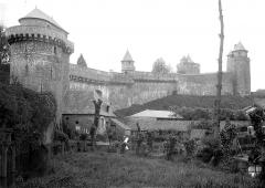 Château - Remparts, au nord de l'entrée