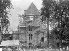 Château - Tour Raoul : pignon sur la cour