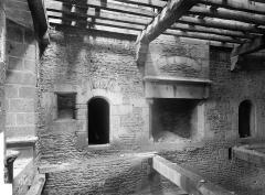 Château - Tour Raoul : Vue intérieure au premier étage