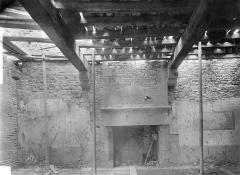 Château - Tour Raoul : vue intérieure au deuxième étage