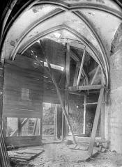 Abbaye et dépendances - Chapelle Saint-Etienne : Vue intérieure