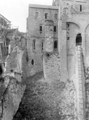 Abbaye et dépendances - Bâtiments abbatiaux, côté sud