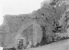 Enceinte des Fanils - Mur de défense, au nord : extérieur