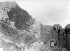 Enceinte des Fanils - Mur de défense, au nord : intérieur